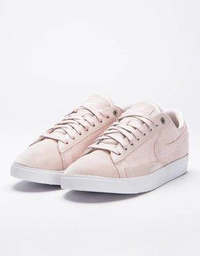 Nike Nike Women's Blazer Low LX  Silt Red/Lt Orewood Brn-White