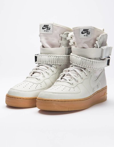 Nike Women's Nike SF Air Force 1 Light Bone/Gum Med Brown