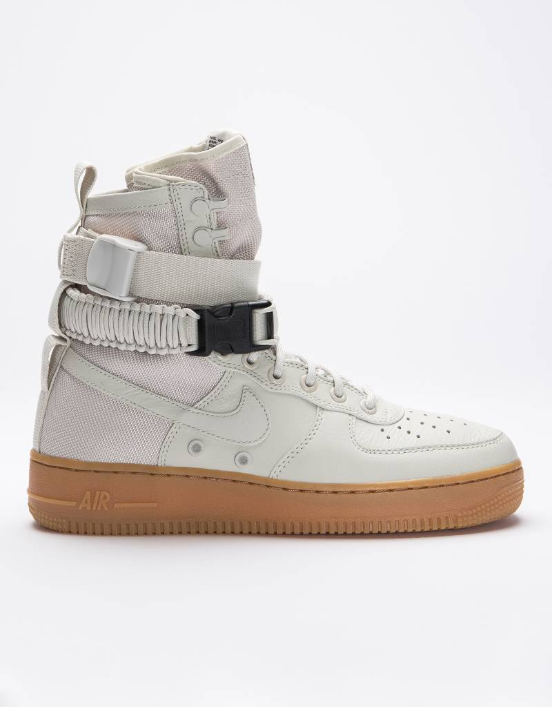 Nike Women's Nike SF Air Force 1 Light Bone/Gum Med Brown