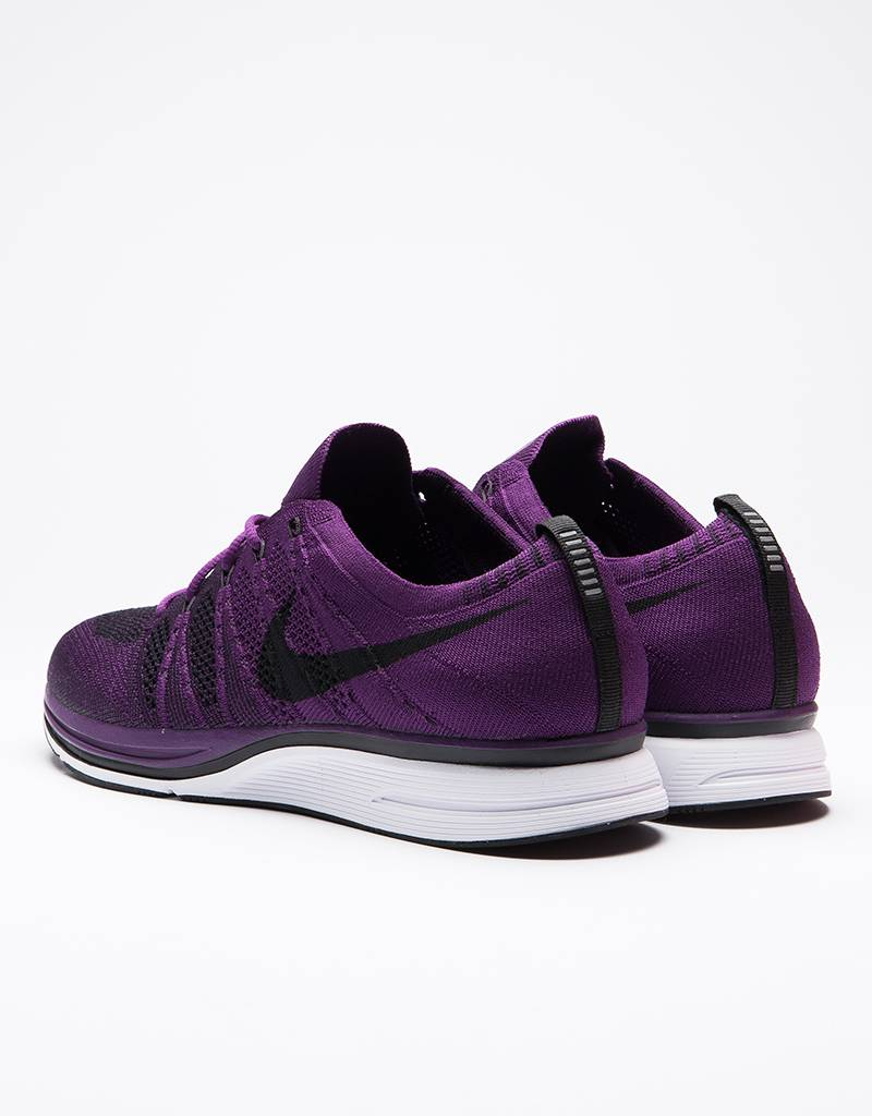Nike Flyknit Trainer Night Purple/Black-White