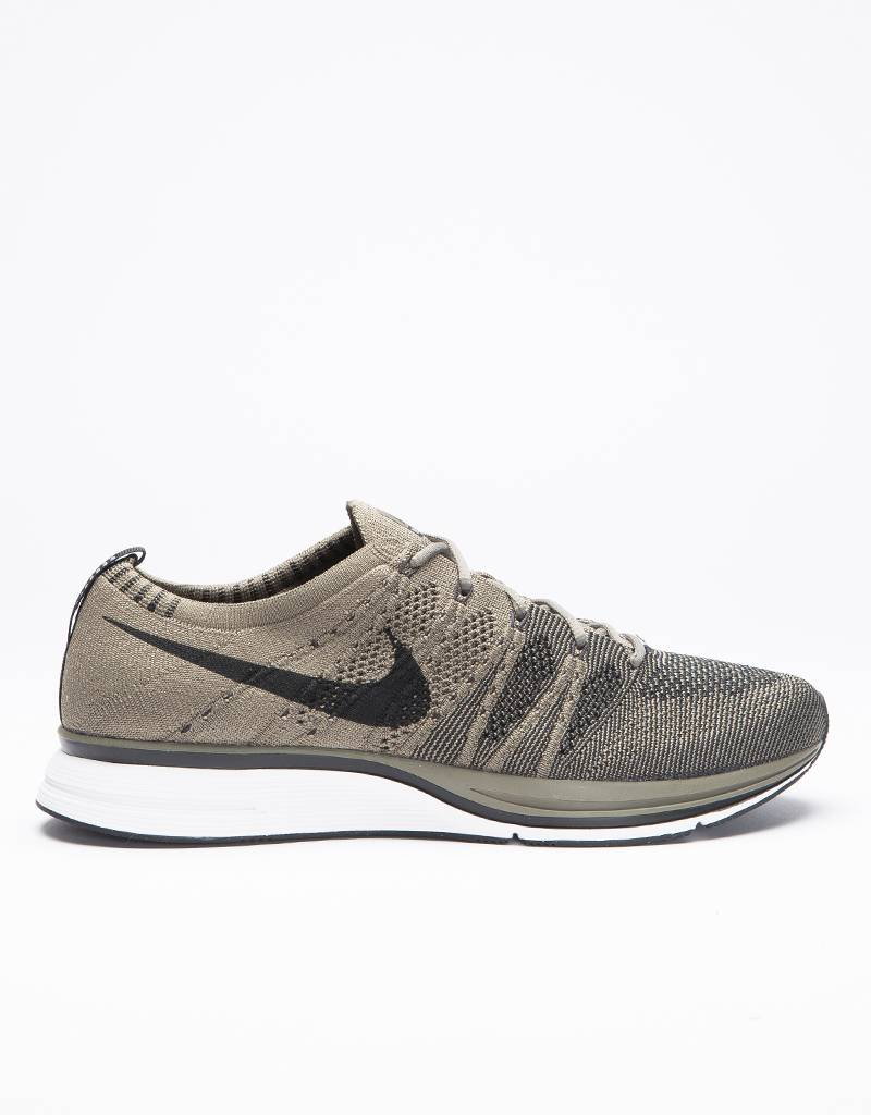 Nike flyknit trainer medium olive/black-white