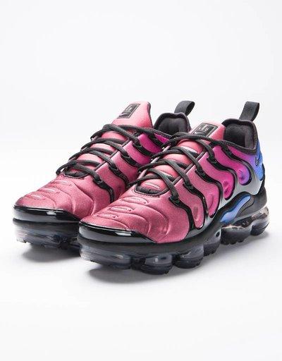 Nike women's air vapormax plus black/black-team red-hyper violet