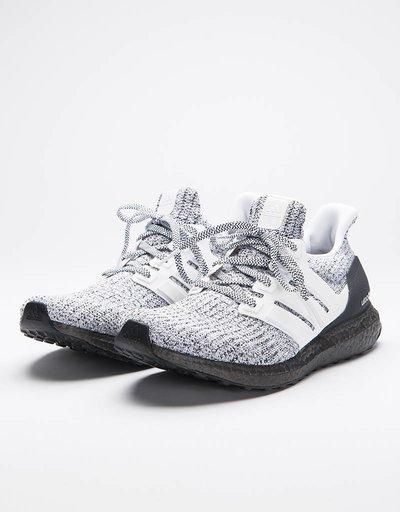 Adidas UltraBoost Ftwwht/Ftwwht/Gretwo