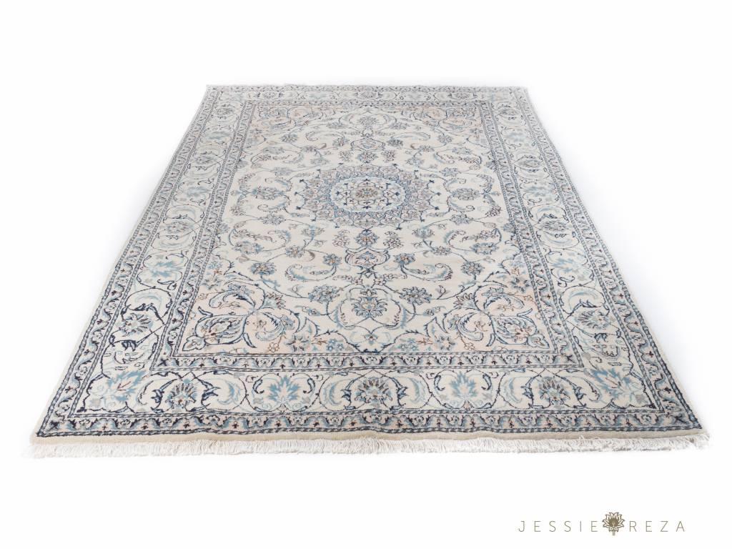 Reinigen Perzisch Tapijt : Perzisch naïn tapijt met zijde jessieandreza