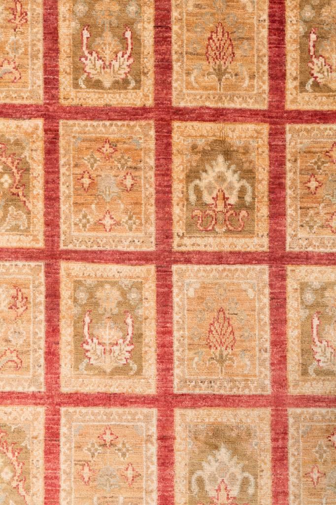 Ziegler tapijt met tuinmotief