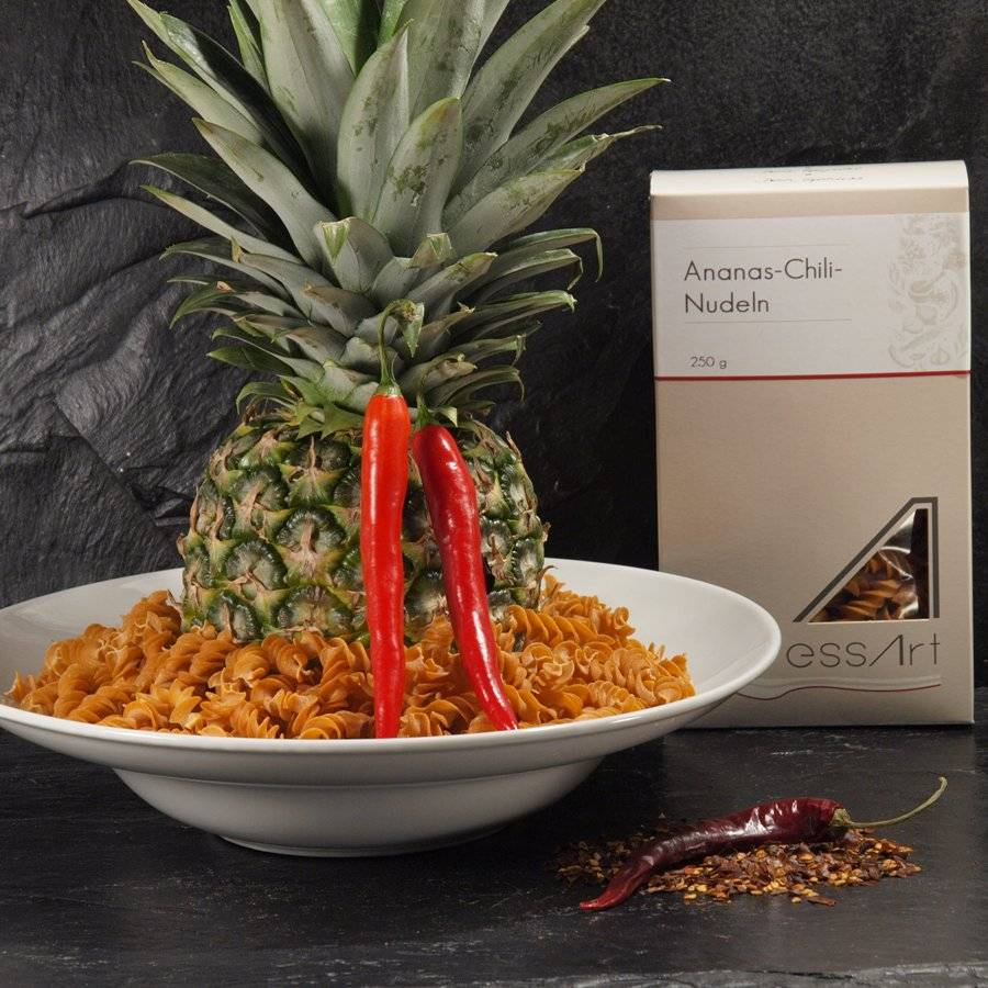 Ananas Chili Nudeln Spirelli