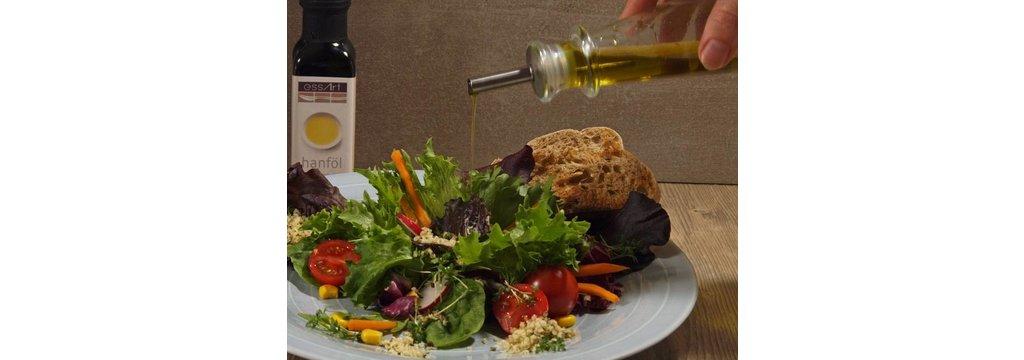 Salate und Suppen