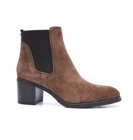 Alpe Mid Heel Chelsea Boot