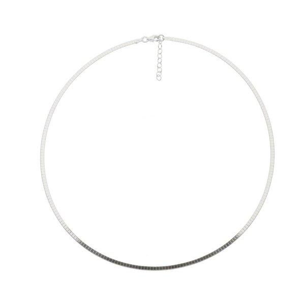 Zilveren omegacollier - halfrond 2.0 mm
