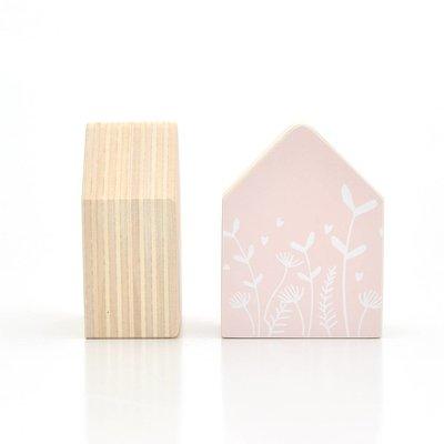 Holzhaus Blumen, rosa