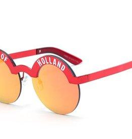 Sunglass girl Holland red