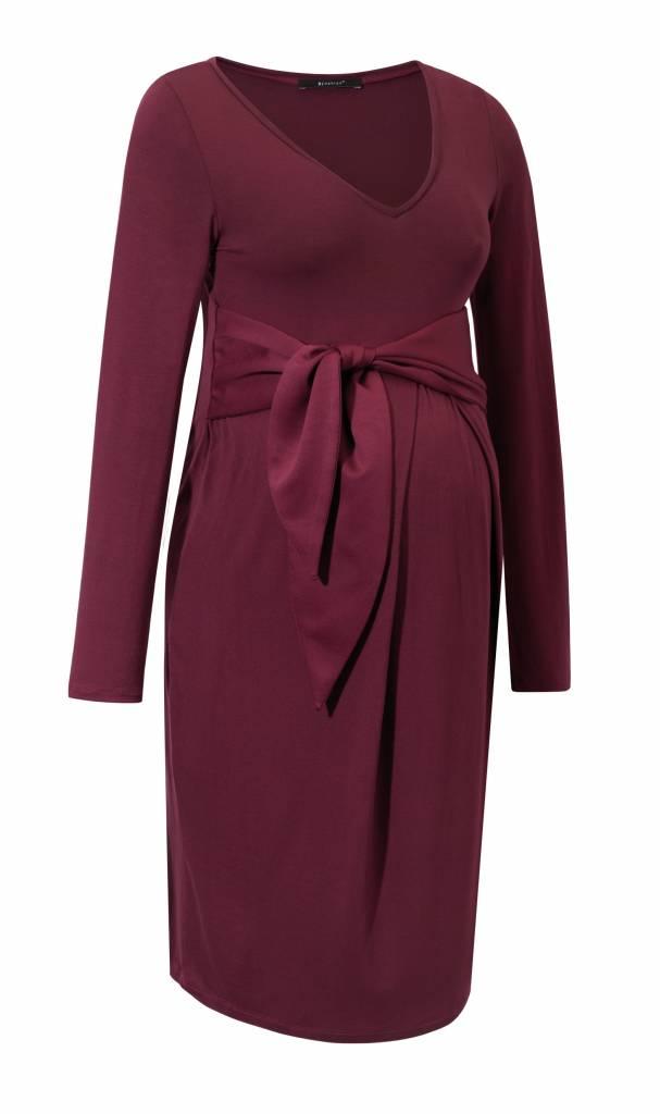9fashion - schicke Umstandsmode und Stillmode festliches Umstandskleid in rot mit Schleife und V-Ausschnitt von 9fashsion
