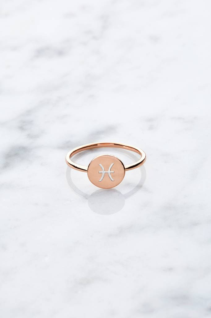 Initial ring | Rose gold plated
