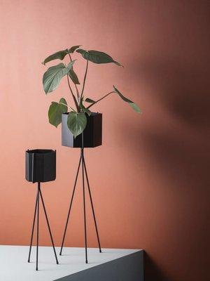 ferm LIVING Ferm Living Hexagon Pot - Black - Large