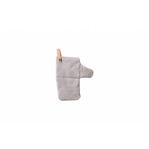 ferm LIVING Canvas Oven Mitt - Grey