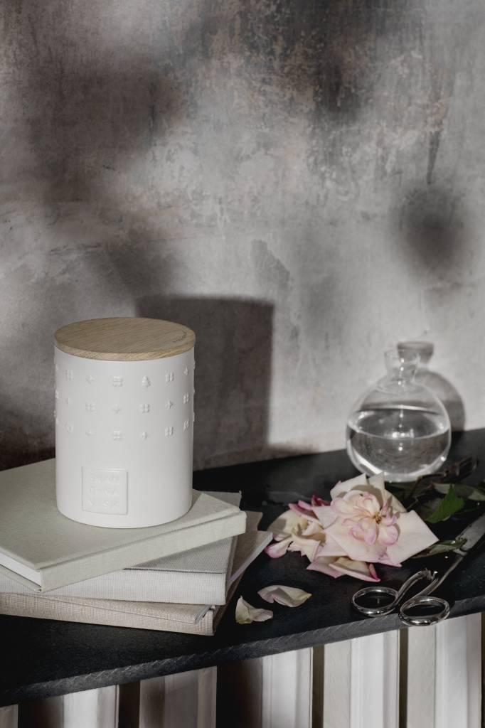 SKANDINAVISK Skandinavisk ROSENHAVE (Rose Garden) Scented Candle 300g