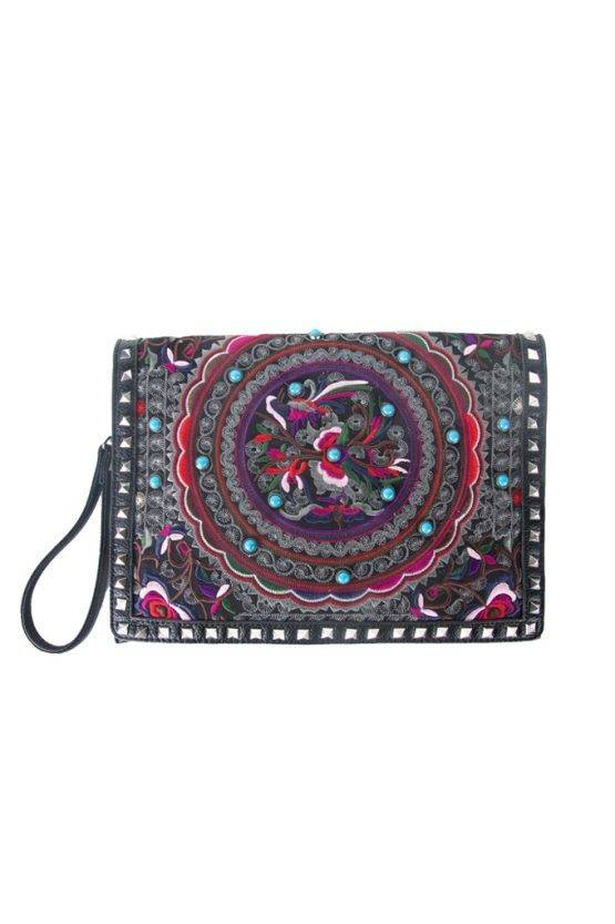 COLOR CLUTCH BAG WITH STUDS