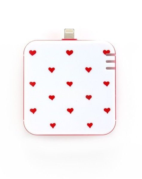 SUPERCUTE HEARTS PHONE CHARGER