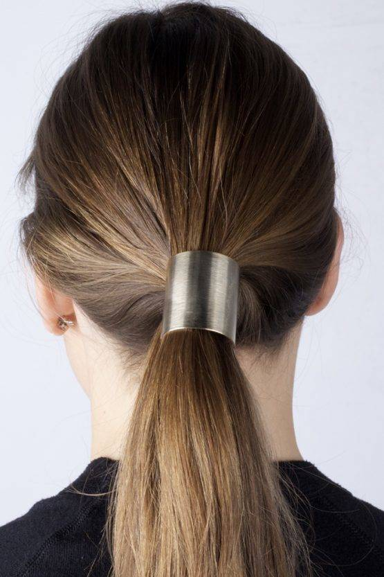 GOLDEN PLATE HAIR TIE