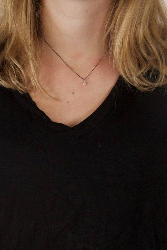 BLACK STRING NECKLACE WITH PEARL CHARM