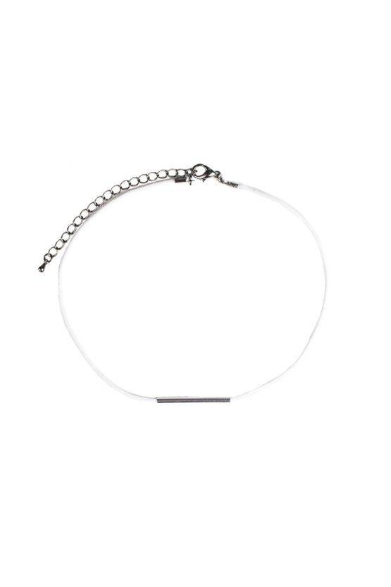 WHITE BAR CHOKER