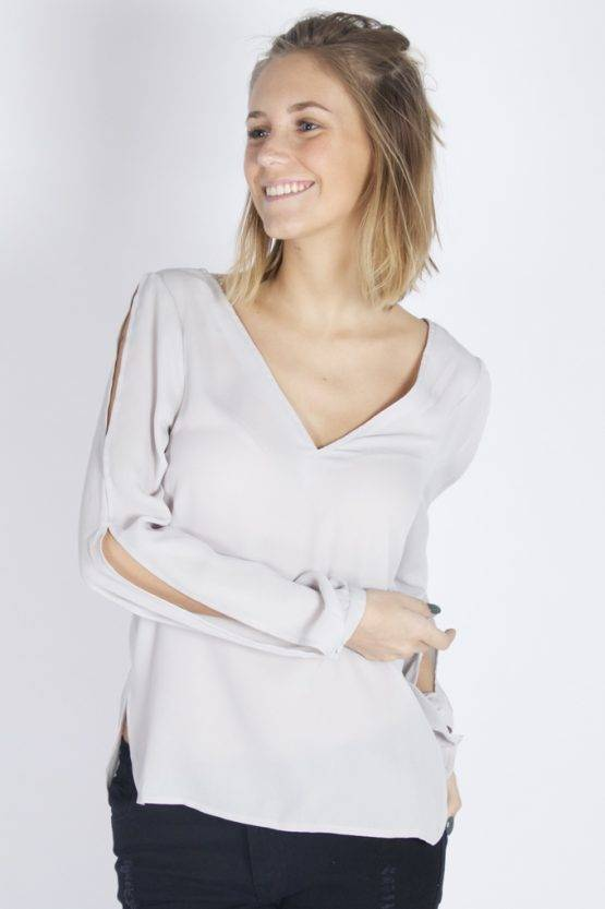 DREAMY OPEN SLEEVES GREY BLOUSE