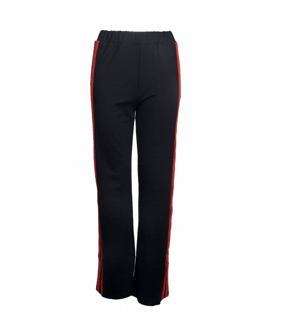 BLACK STRIPY RED TROUSERS