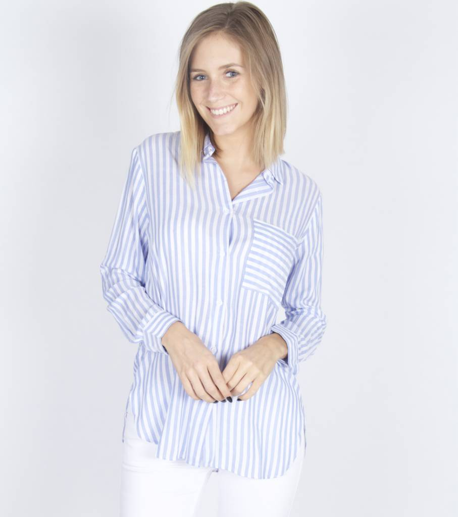CLASSIC WHITE BLUE STRIPED CHEMISE