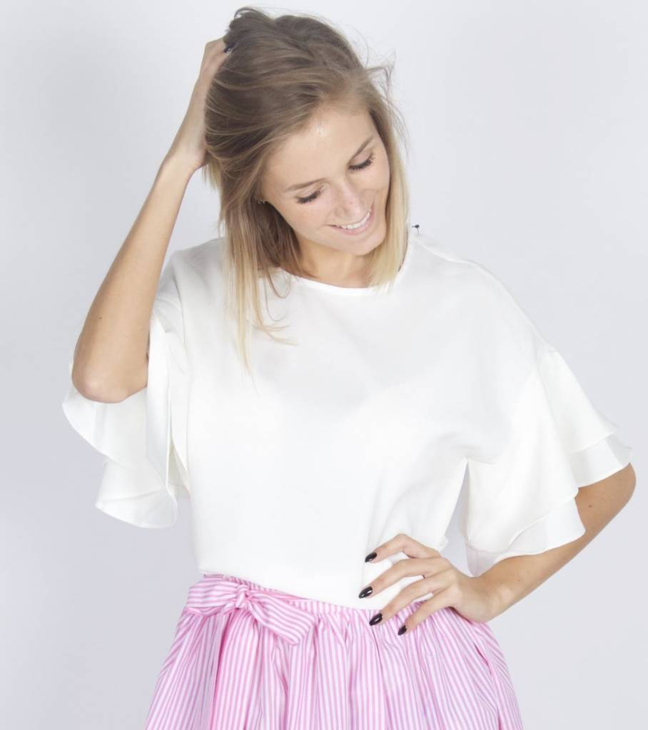 FLOWY OFF WHITE BLOUSE