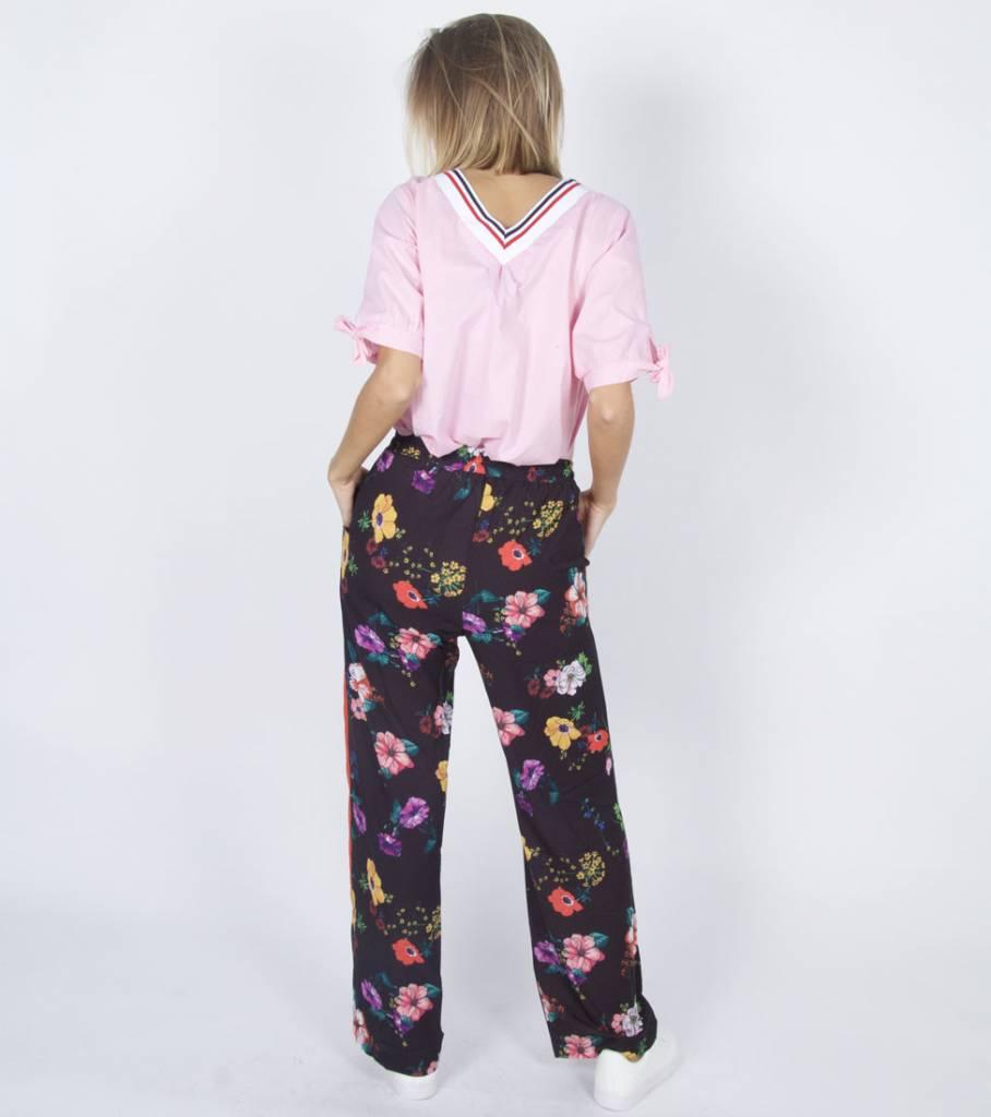 FLOWERBOMB FLORAL PANTS