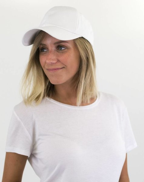 WHITE BASIC CAP