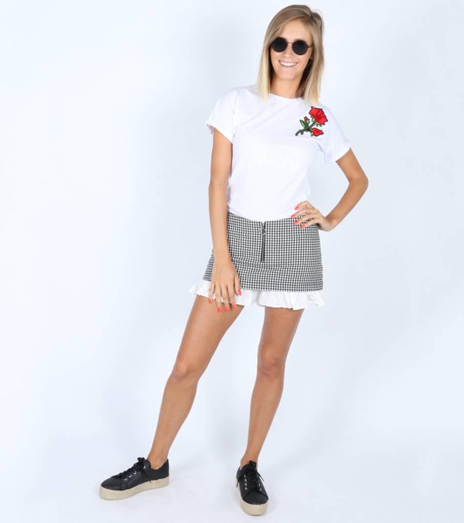 ROSE WHITE TSHIRT