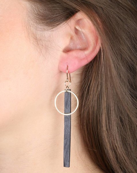 BLACK BAR AND GOLDEN CIRCLE EARRINGS