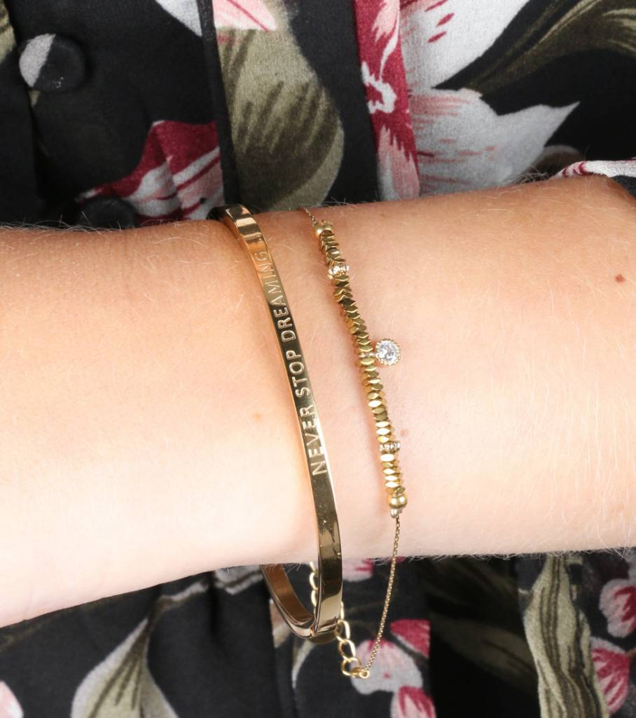 NEVER STOP DREAMING BANGLE GOLD