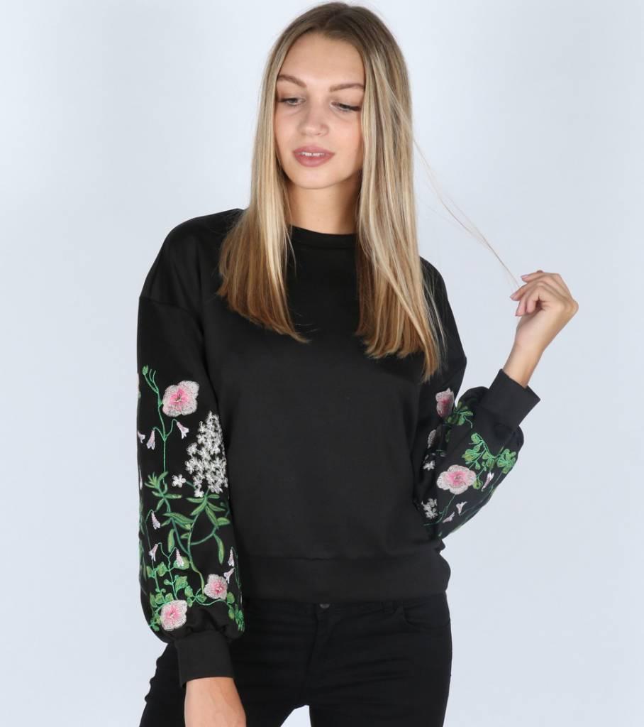 FLOWER PINK BLACK SWEATER