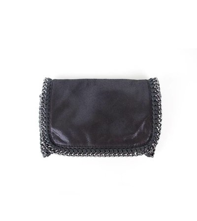 SMOOTH BLACK SHINY SYNTHETIC CHAIN BAG