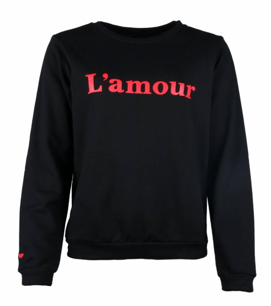 L'AMOUR C'EST BELLE SWEATER