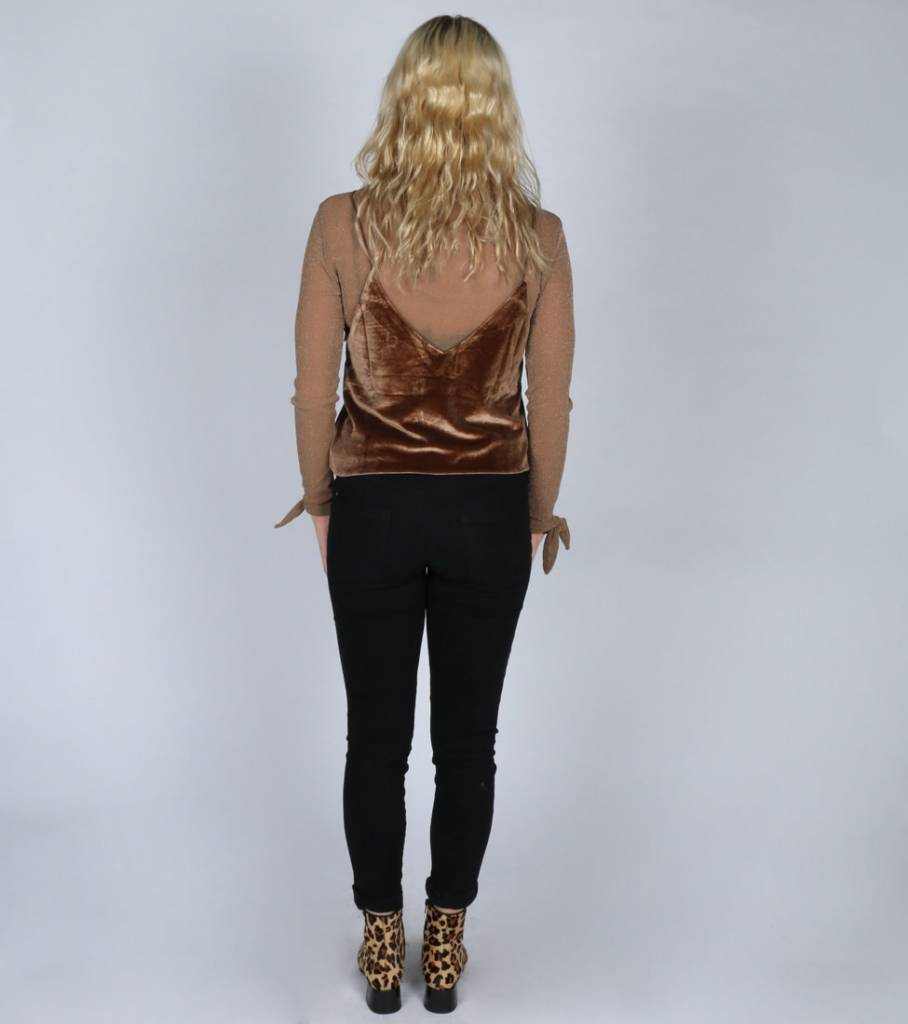LAYER OVER LAYER GLITZ TOP BROWN