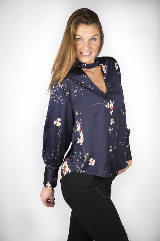 FLOWERS IN THE NIGHT BLOUSE