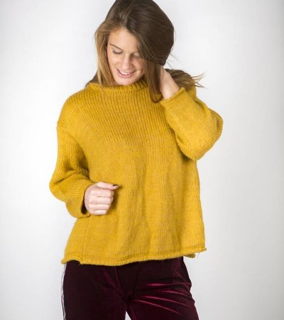 WINTER IS COMING YELLOW SWEATER