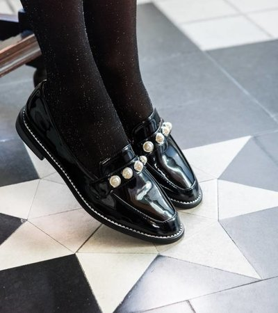 PERFECT PEARL PAIR LOAFERS