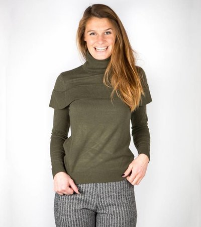LOVELY RUFFLED KHAKI SWEATER