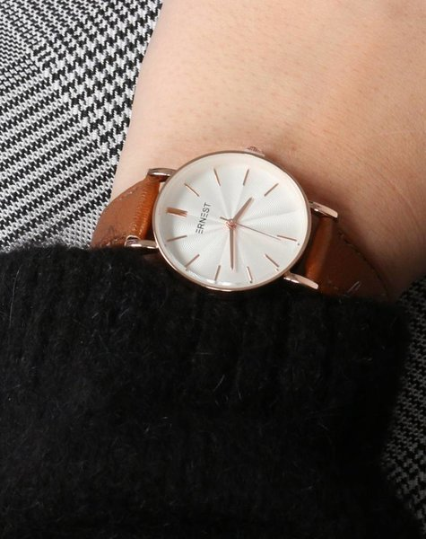 BROWN CLASSIC WATCH