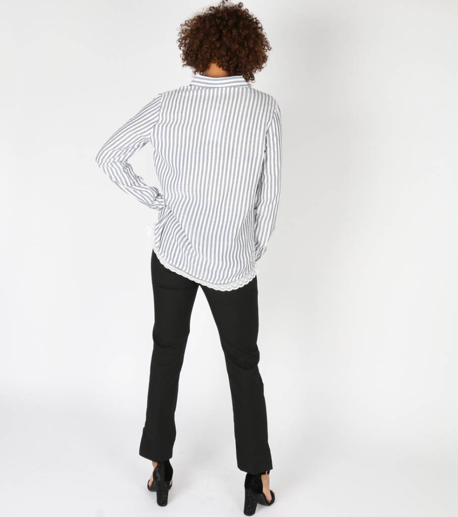 GREY DAY LACE BOTTOM BLOUSE