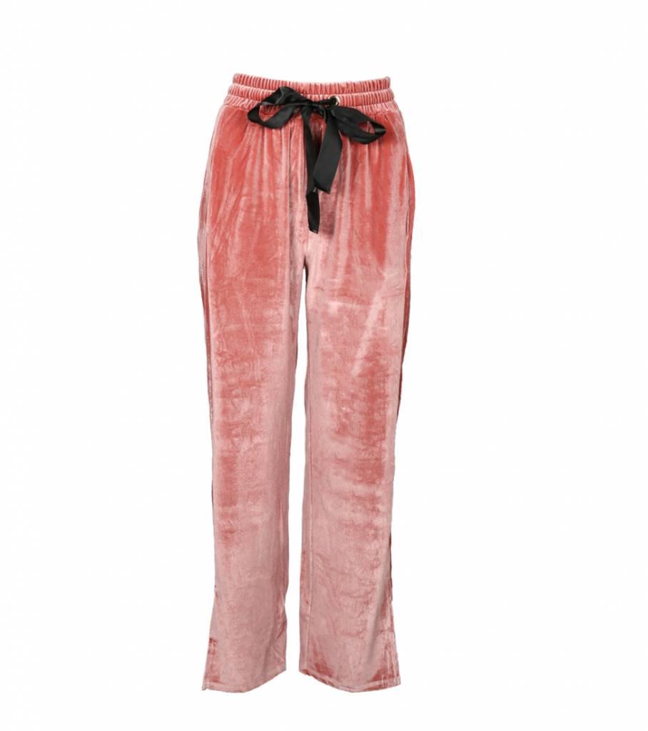 SOFT AND SWEET SALMON VELVET PANTS