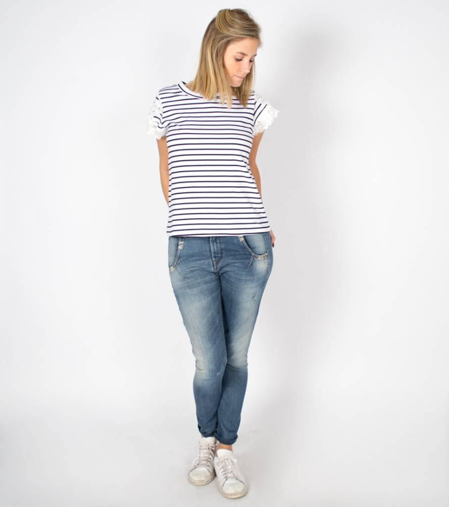 ALL ABOUT THE LACE STRIPED TSHIRT