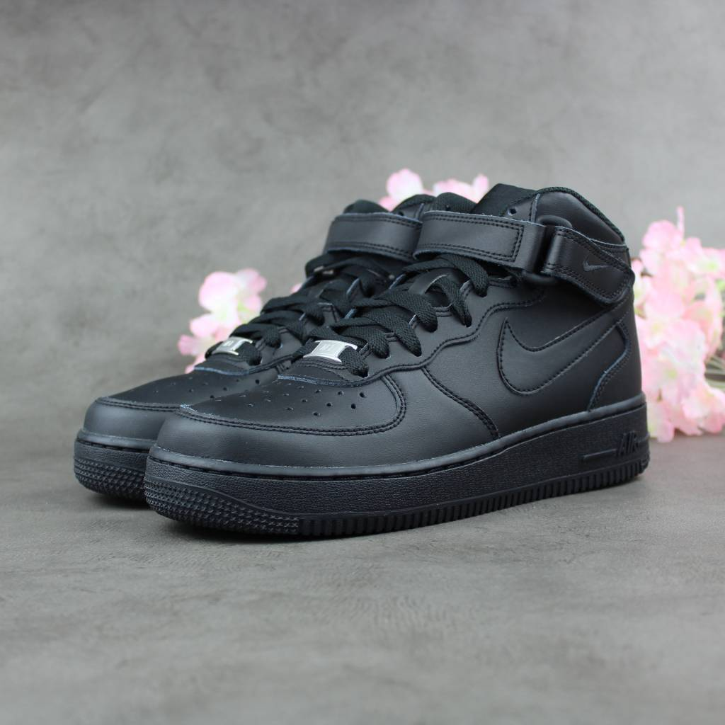 Nike Air Force 1 Mid GS (Black)