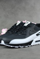 Nike Air Max 90 Essential (Black/White)