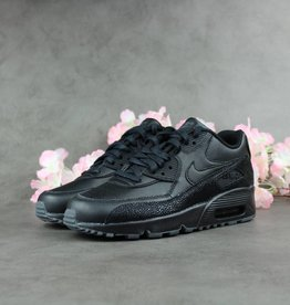 Nike Air Max 90 SE Leather GS c28fc2fabeee