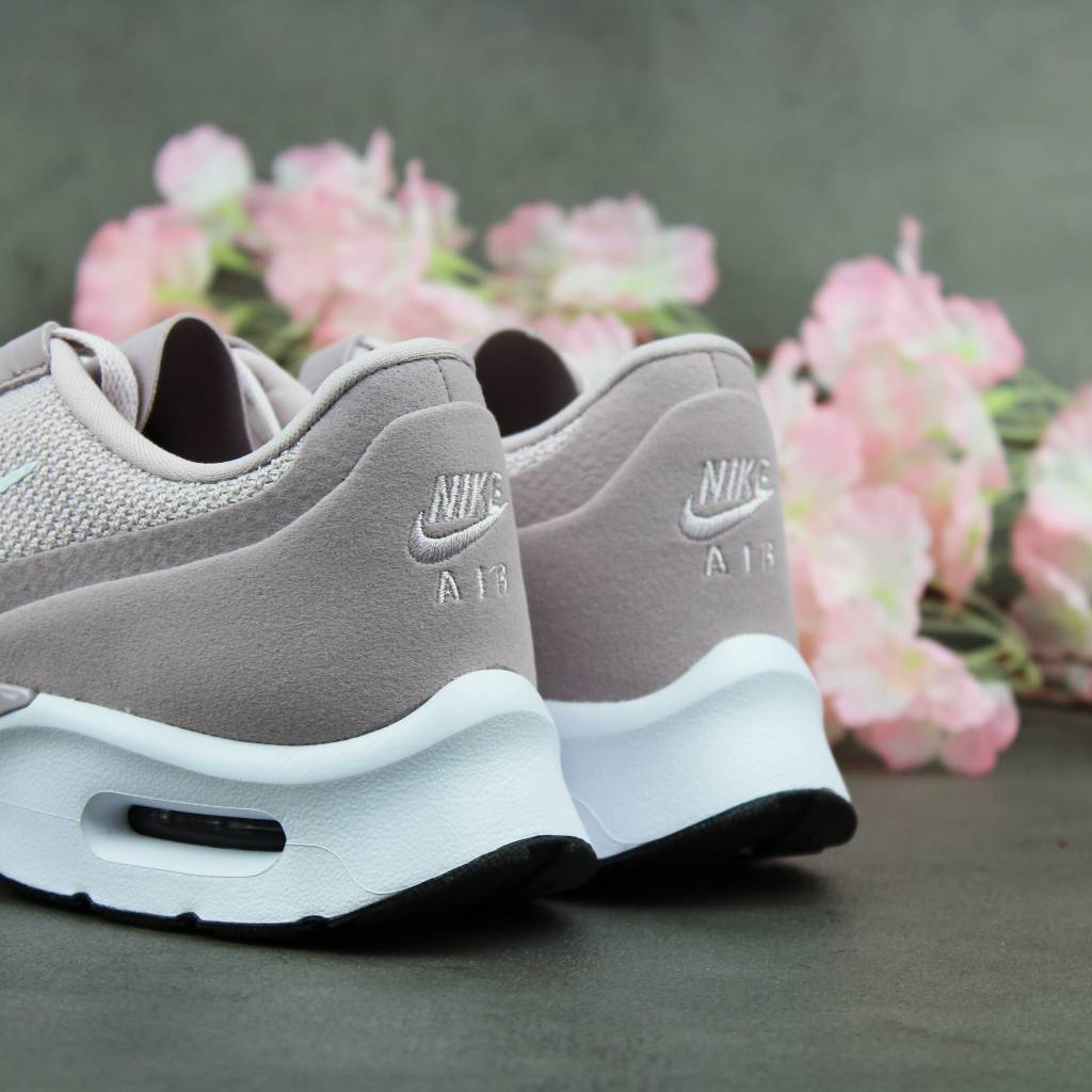 Nike Air Max Jewell WMNS (Particle Rose / White) 896194-602